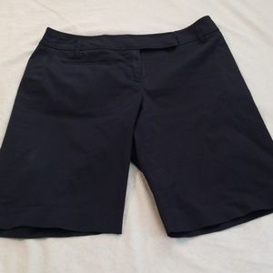 Ann Taylor Shorts - Ann Taylor size 2 navy blue Bermudas shorts